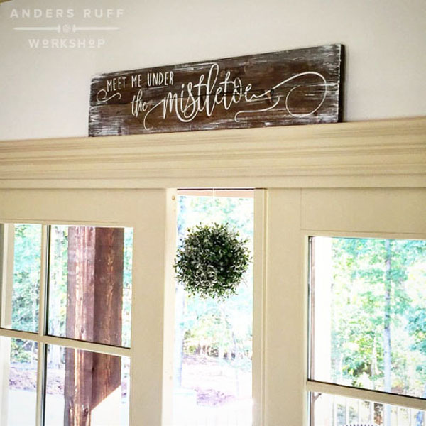 mistletoe wood sign pallet christmas decor