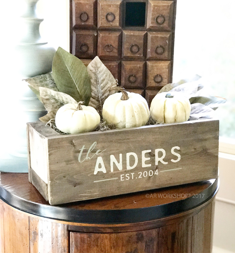 family name established centerpiece box