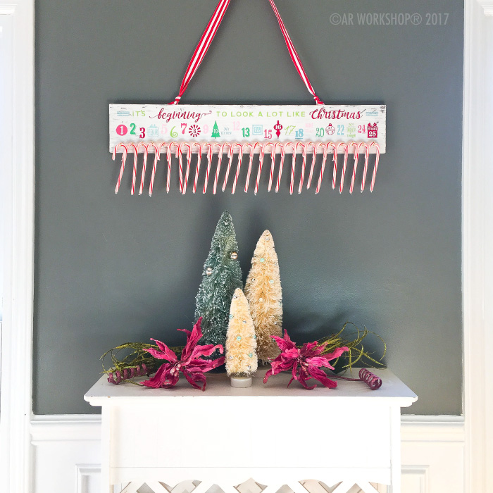 Advent Calendar - It's Beginning to look a lot like Christmas Plank Sign