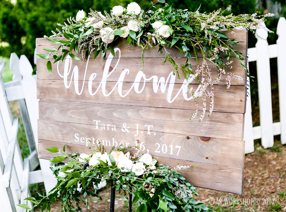 Wedding welcome date plank sign 17.5x24