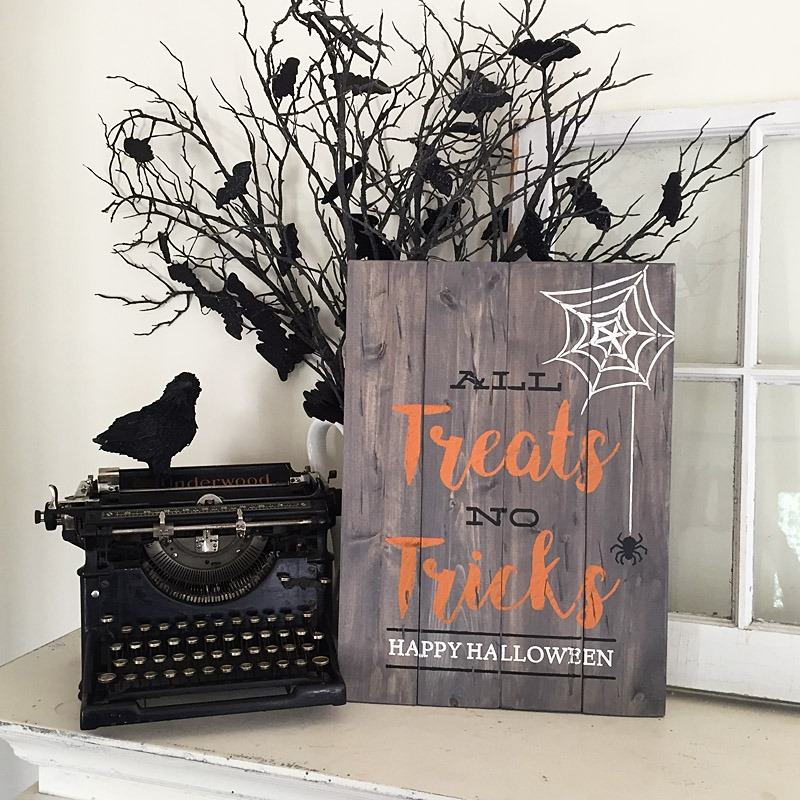trick or treat wood sign plank halloween