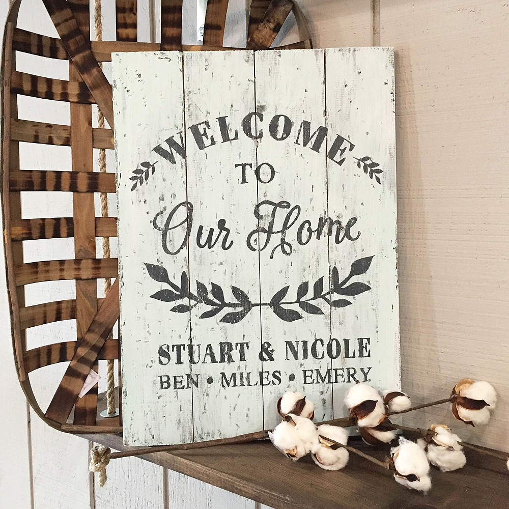 wood welcome sign plank