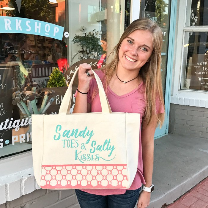 sandy toes and salty kisses beach bag