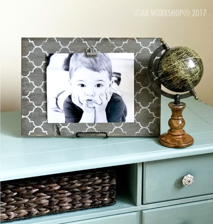 TRELLIS WOOD PHOTO FRAME