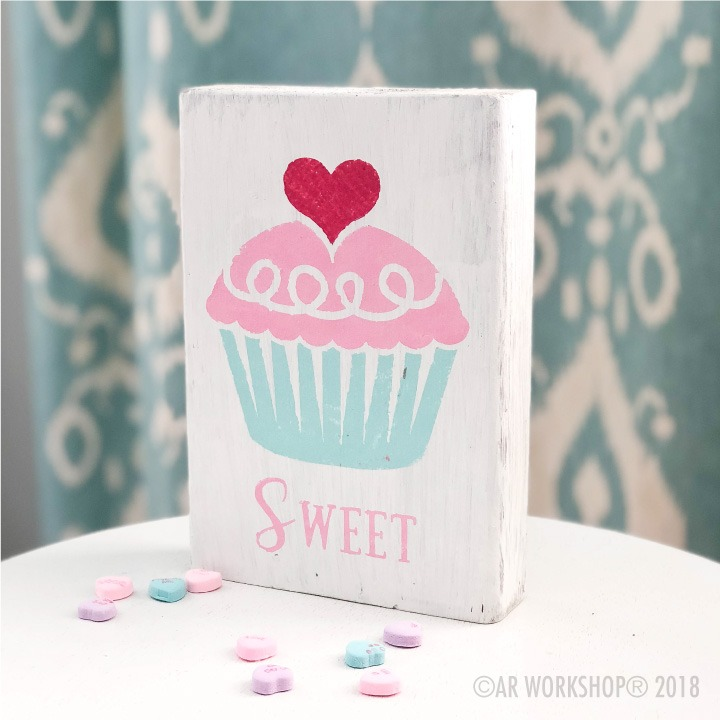 sweet cupcake valentines wood block