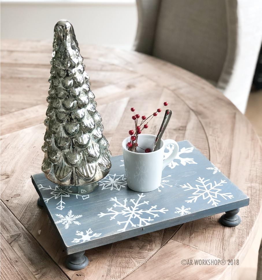 snowflake pattern pedestal tray 12x16