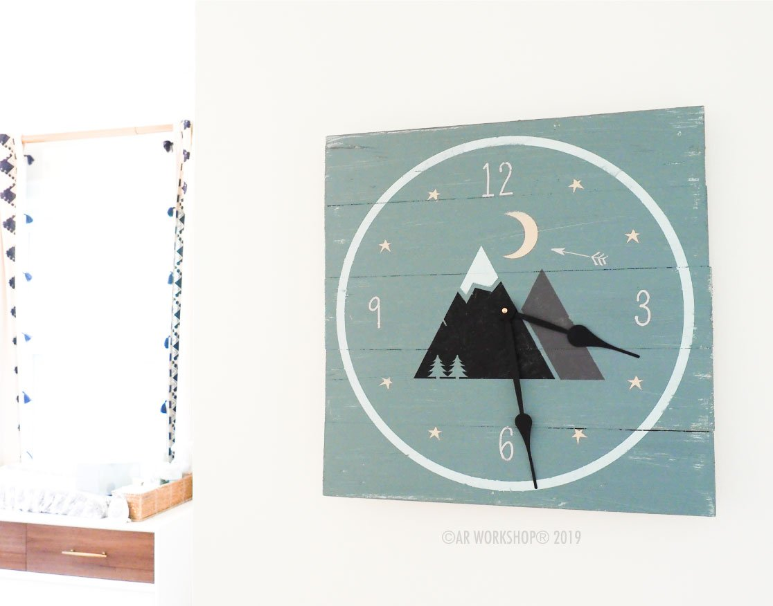 dream big mountains plank clock 18 x 18 baby