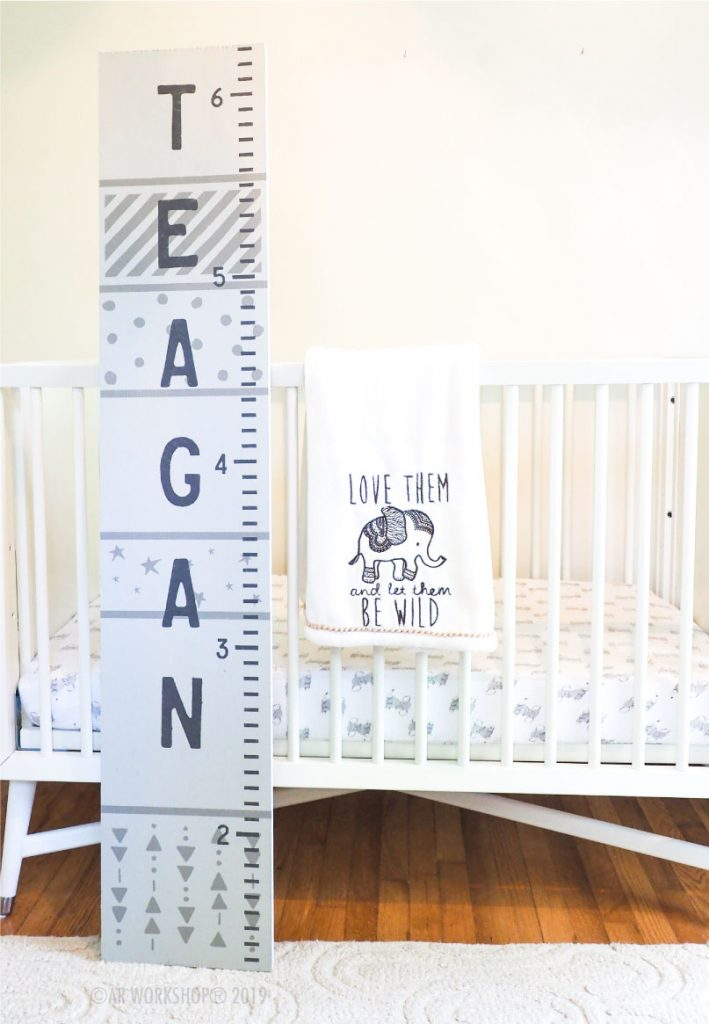 stars and patterns growth chart 12x60 baby