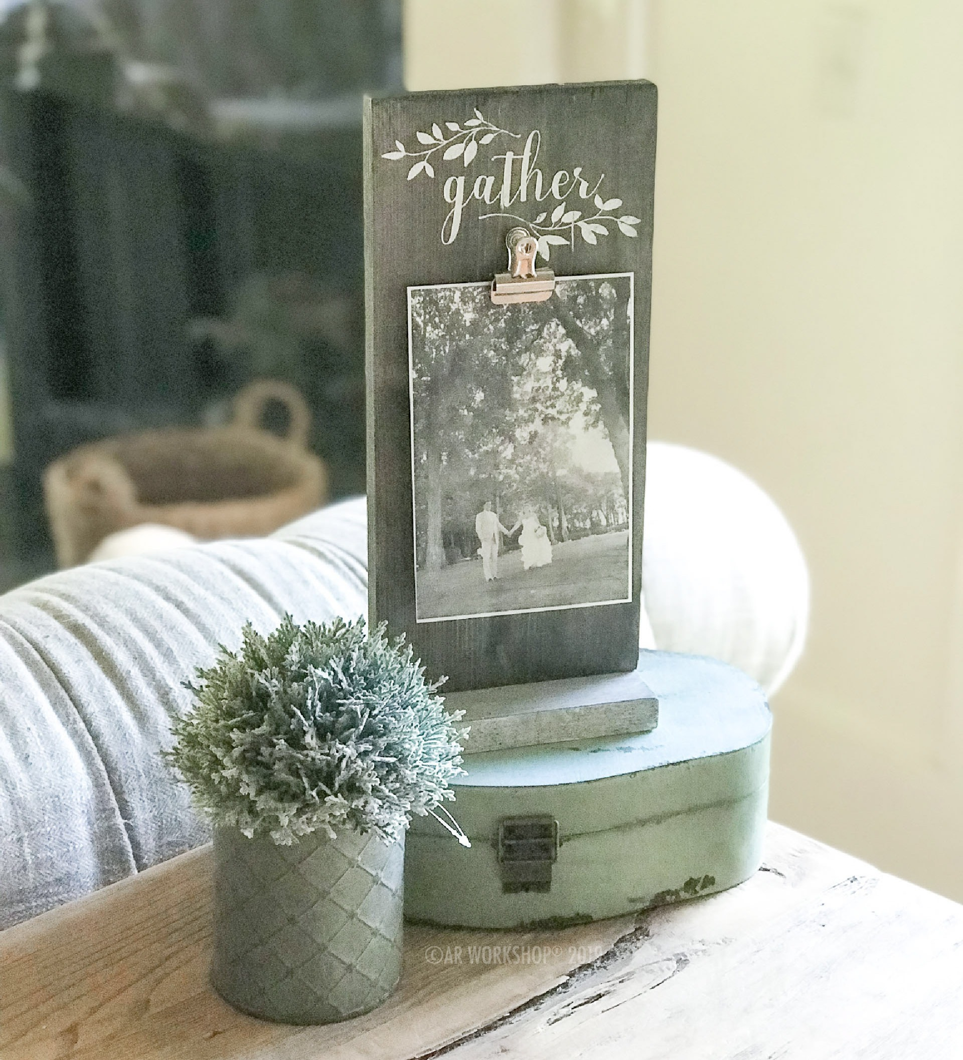 gather sprigs standing photo frame - vertical