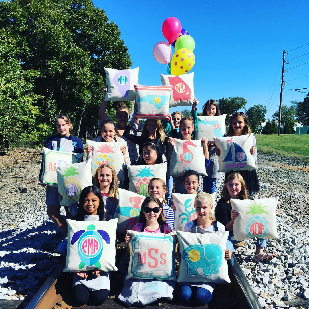 kids-party-pillows-at-ar-workshop