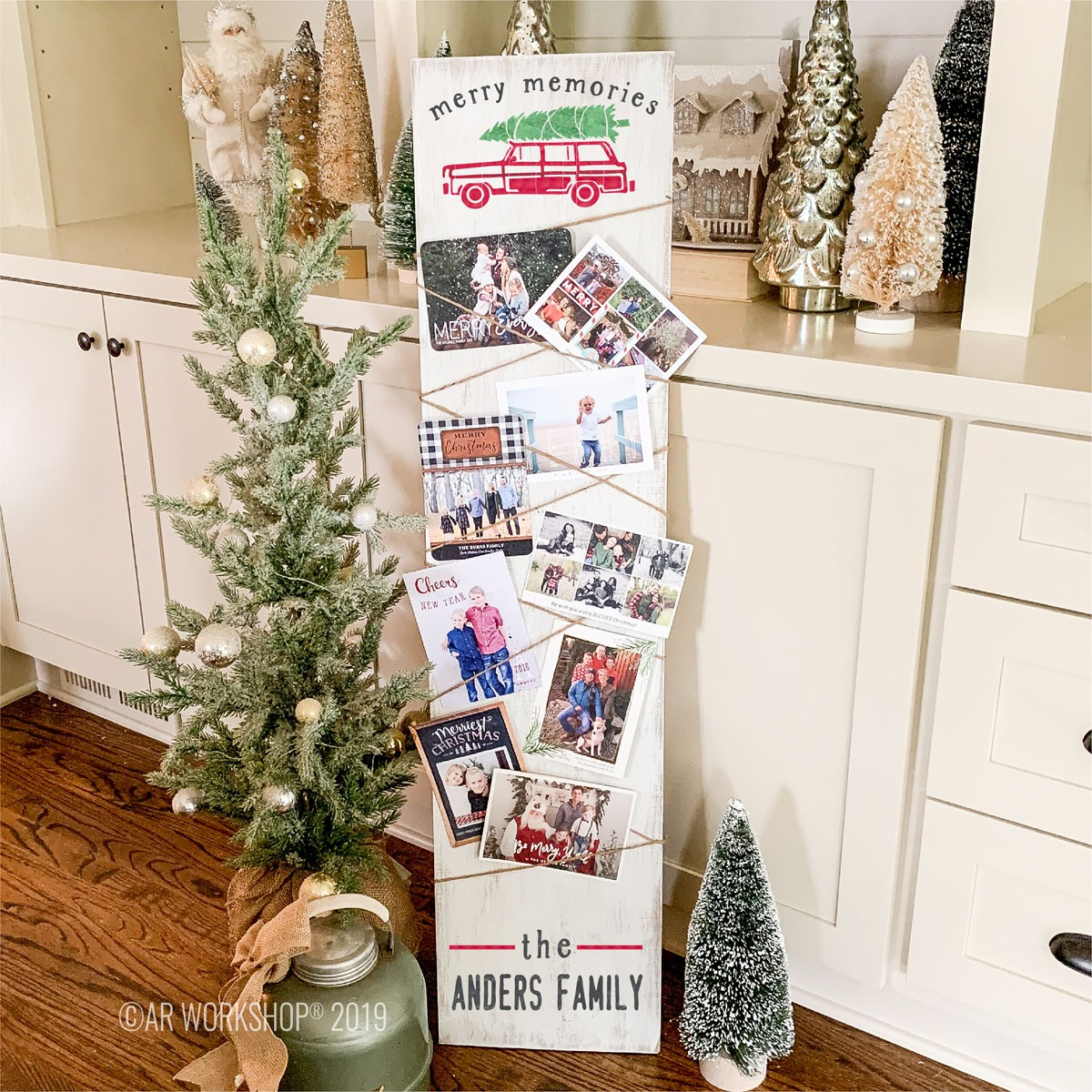 Our Favorite Ways To Display Christmas Cards Anders Ruff Custom
