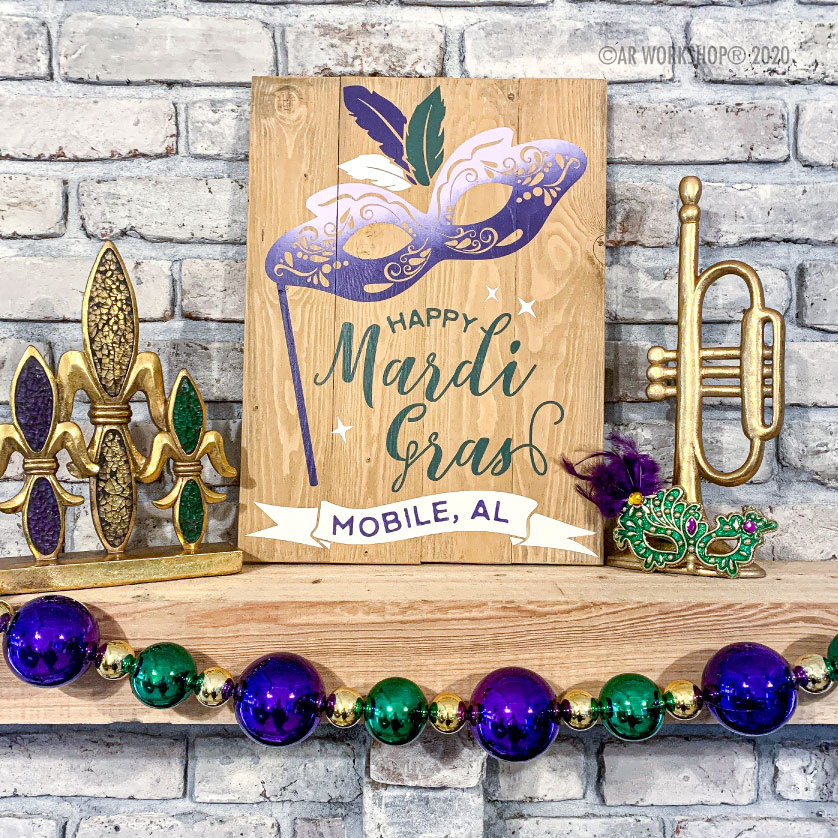 Mardi Gras Mash Wood Sign