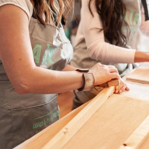 diy wood sign classes